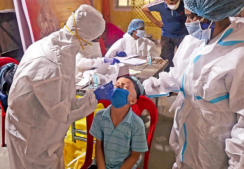 11天激增百万例 印逾500万人染疫