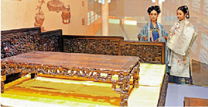 珍品荟萃/颐和园特展 乾隆时期罗汉床亮相
