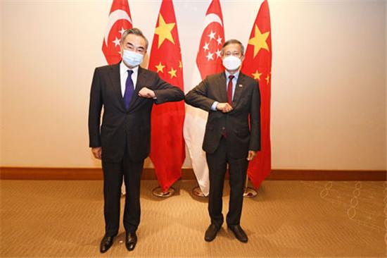 新加坡外长向王毅称赞中国疫情防控成果位居世界前列
