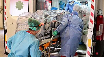 美疾控中心:与流感相比 美国新冠患者更有可能在医院死亡
