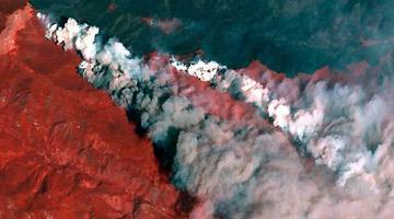 美科罗拉多州山火爆炸式蔓延 居民:每个人都逃了出来
