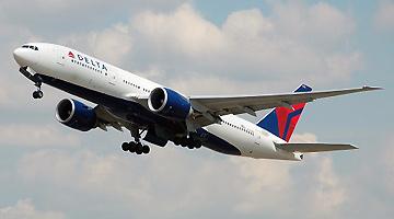 """因乘客拒绝佩戴口罩 美国达美航空""""拉黑""""460人"""
