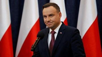 新冠检测结果呈阳性 波兰总统道歉