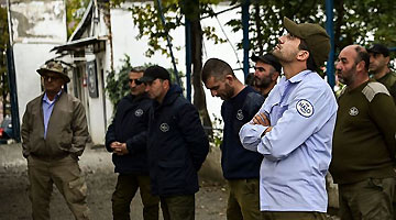 俄呼吁阻止雇佣兵前往纳卡 冲突区已有2000武装分子