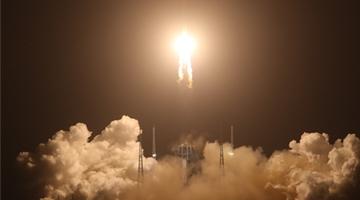 嫦娥五号顺利完成第一次轨道修正