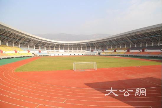 """甘肃天水""""丝路飘带""""型体育中心展古城新风貌"""