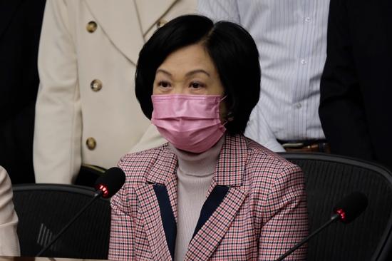 葉劉淑儀倡在港嚴格執行《國籍法》