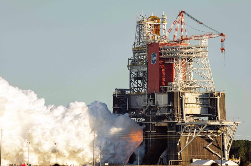 巨型火箭測試失敗 NASA探月受挫