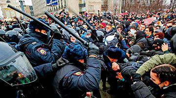"""俄罗斯爆发非法示威 美驻俄使馆居心叵测发""""抗议指南"""""""