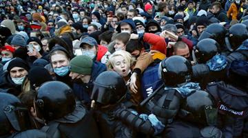 俄罗斯:西方利用反对派人士破坏俄局势