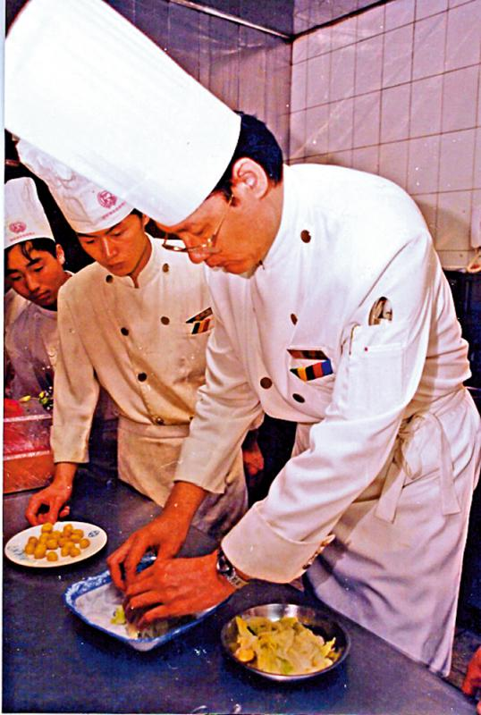 ?食而知味/大董:离不开的餐桌世界