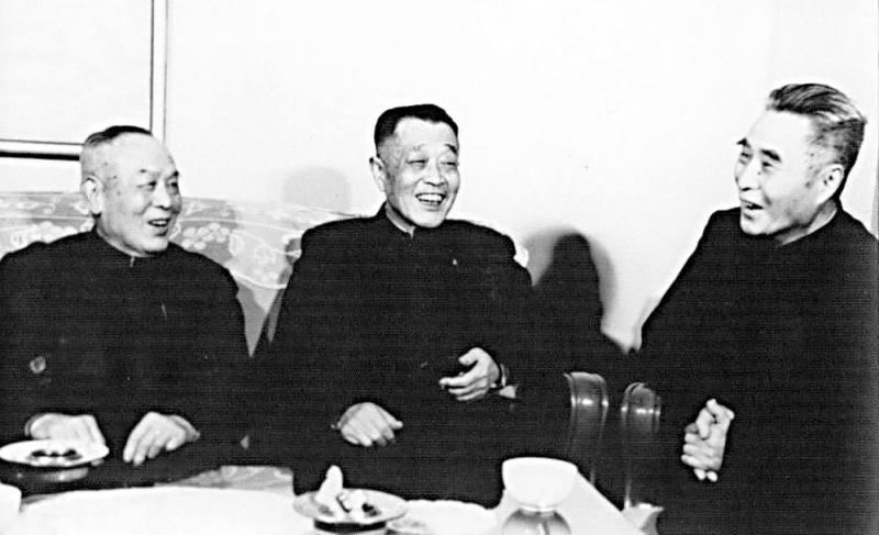 ?人与事/我的父亲胡靖安将军(上)\胡葆琳