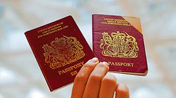 12港人BNO移民 玩抗争被英国遣返遭网民耻笑