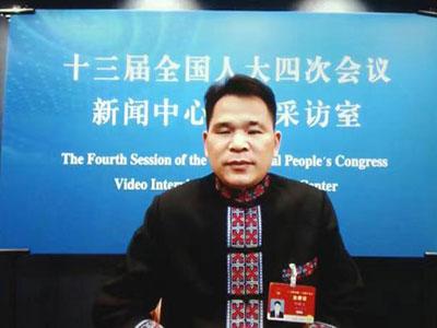 代表委员建言乡村振兴 产业发展是关键