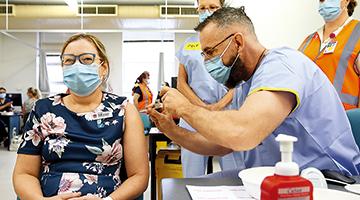 """多国讨论入境条件 接种新冠疫苗或成""""入境条件"""""""