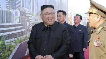 美国再在亚太搅局 朝鲜发射导弹武力示威