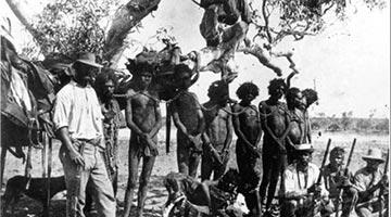"""旅加学者:劣迹斑斑的澳大利亚有何脸面给别国当人权""""教师爷"""""""