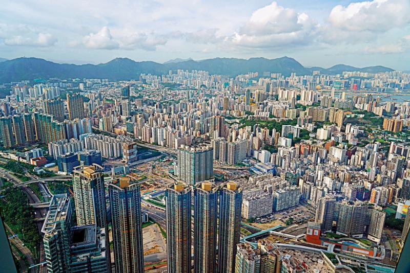 ?楼语纵横/用家刚需支持 新盘二手俱旺\Q房网香港董事总经理 陈坤兴