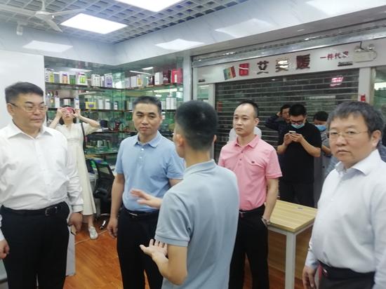 看好香港进货渠道优势 深企力拓跨境电商市场