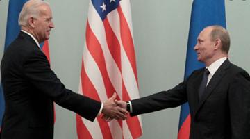 俄美总统通电话讨论两国关系和国际热点问题