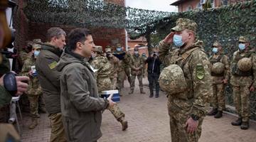 俄防长:美国和北约向俄边界调兵,已采取应对措施