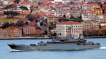 乌克兰东部地区局势升温 俄十七艘舰船调往黑海