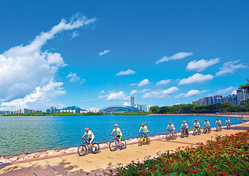 绿色创新/湾区减排 粤港澳探建碳金融标準\大公报记者 方俊明广州报道