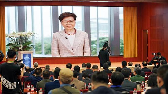 林郑:津港搭建平台,助天津企业走出去