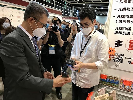 陳茂波:經歷六季度經濟收縮 本港首季經濟表現會有可觀增長
