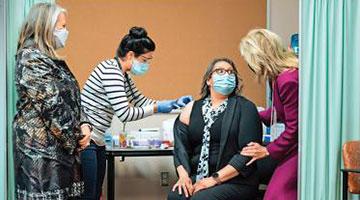 美国专家:群体免疫须80%人口打疫苗