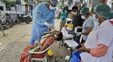《柳叶刀》:8月印度新冠死亡病例将累计达百万