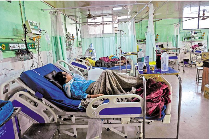 ?印度八月病亡数或达100万