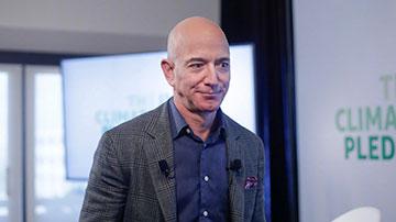 亚马逊创始人贝索斯将于7月5日卸任CEO 担任执行董事长