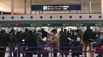 法国发布入境新规 中国属橙色区域