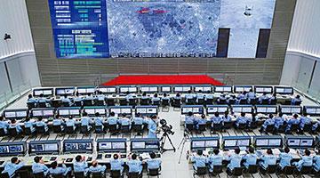 中国航天团访港 分享揽月探火之路