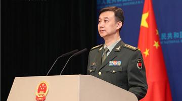 美国军机降落台湾 国防部:正告美方切勿玩火