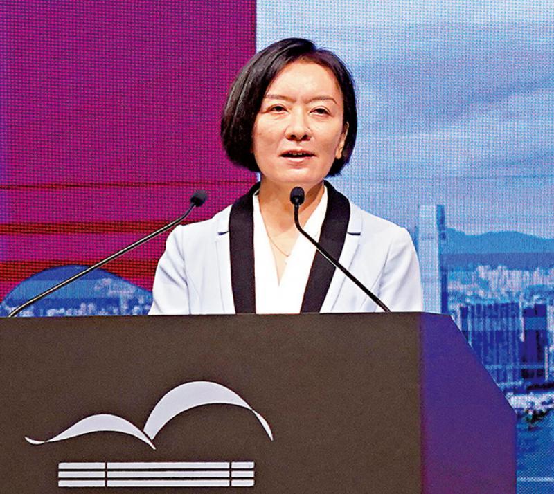 """让""""文化""""成为香港未来发展关键词\中央人民政府驻香港特别行政区联络办公室副主任 卢新宁"""