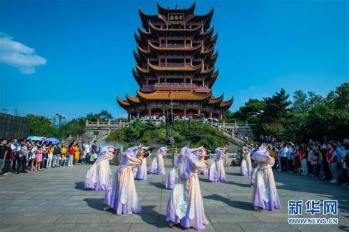 中秋國慶旅遊產品提前上架 黃金周親子遊火爆