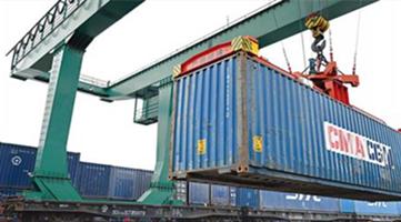 中国8月出口同比激增25%  外贸表现远超预期