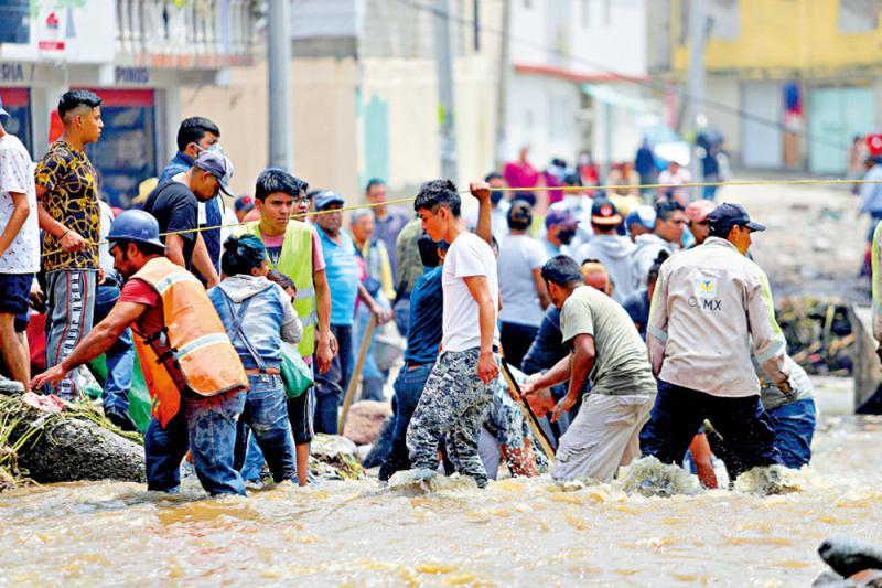 墨国豪雨成灾 医院断氧17人丧命