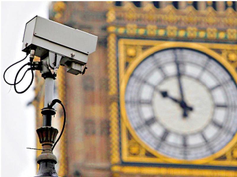 遍布街头/平均2.6人一镜头 英国天眼密过中国