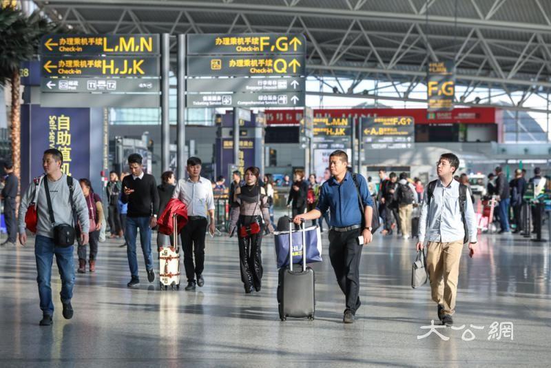 穗机场增30国际航线 建世界级空港