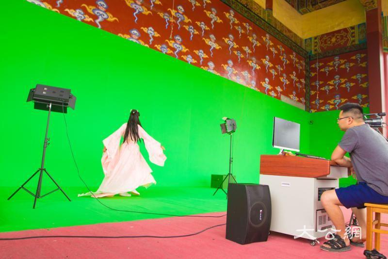 建500高科技影棚 推进虚拟摄製造景