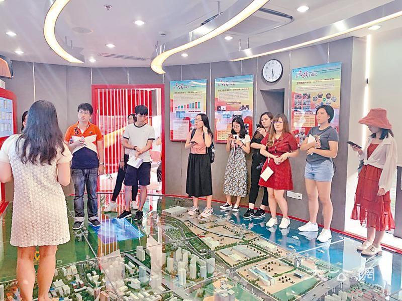 上海垃圾分类满月 成效颇丰