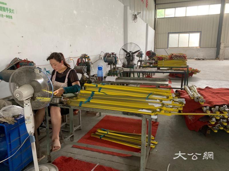 传统结合科技 虞城钢捲尺卖全球