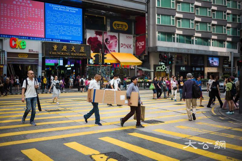 滙丰:经济失色 零售业成失业重灾区