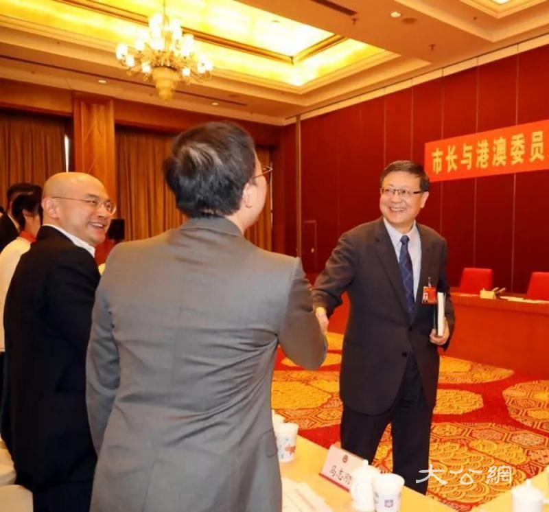 北京市长邀港澳委员拓投资空间