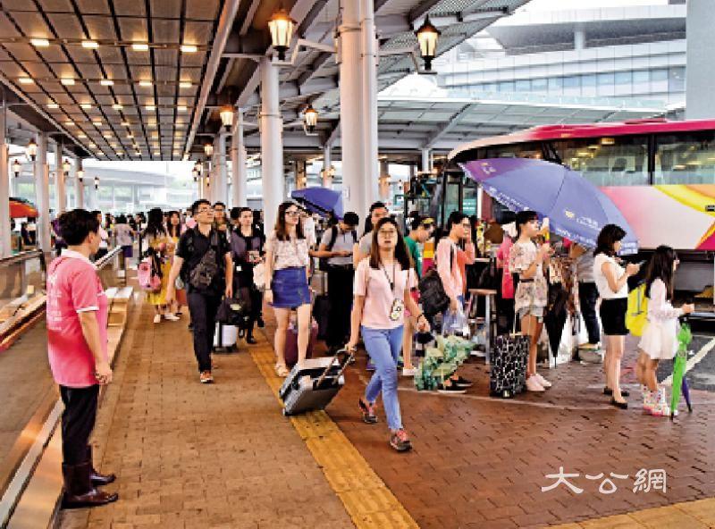跨境巴春节不加价 港人游湾区首选