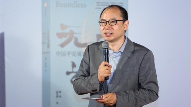 秦朔:制度资本文化资本等要素支撑深圳走出世界级企业